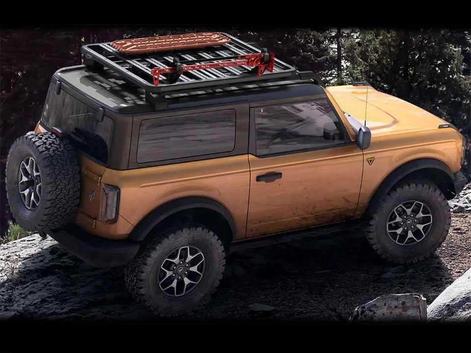 Acima o Ford Bronco 2021 na série especial First Edition