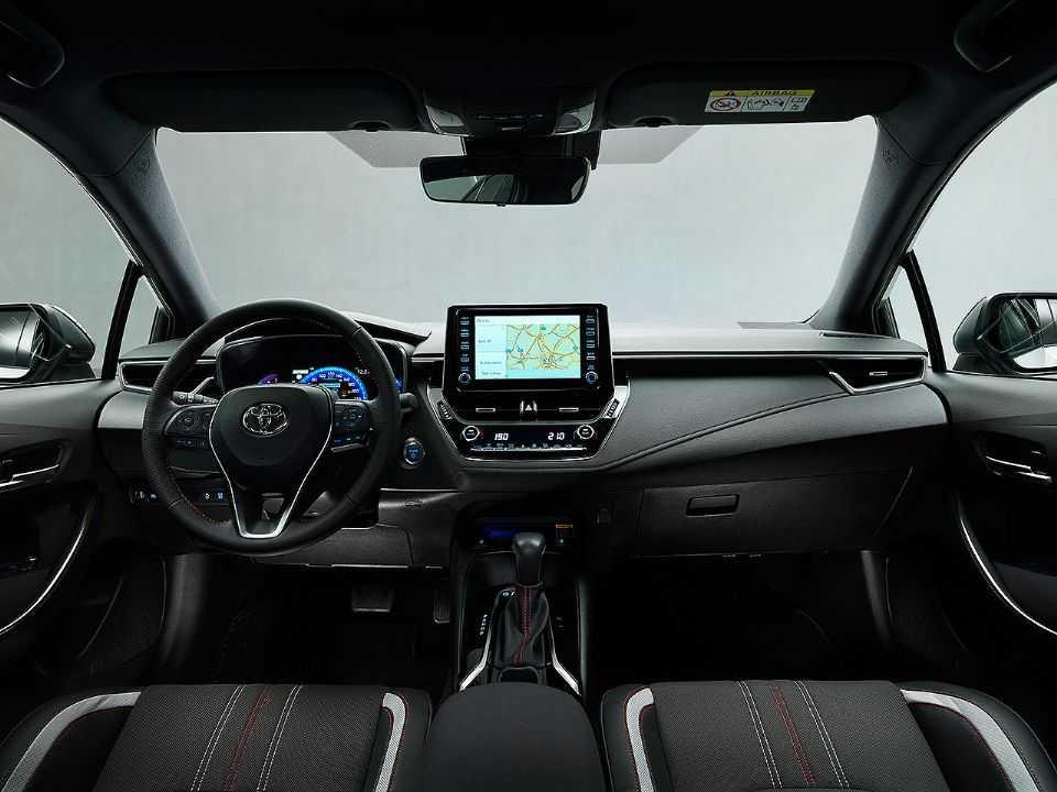 Interior do novo Corolla GR Sport que será comercializado na Europa