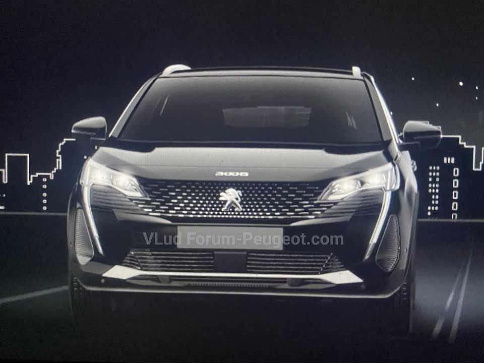 Detalhe da dianteira do Peugeot 3008 após o facelift previsto para este ano