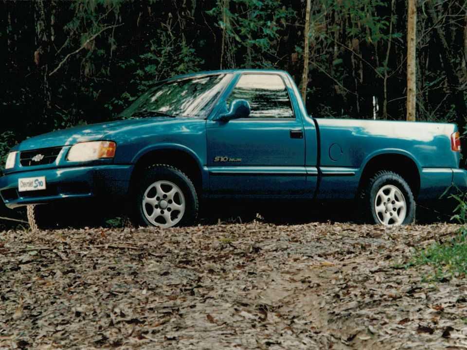 ChevroletS10 1995 - ângulo frontal