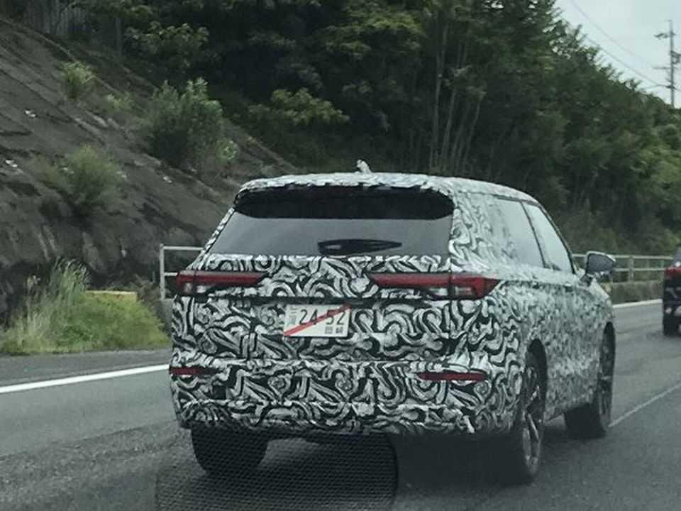 Novo Mitsubishi Outlander flagrado em testes no Japão
