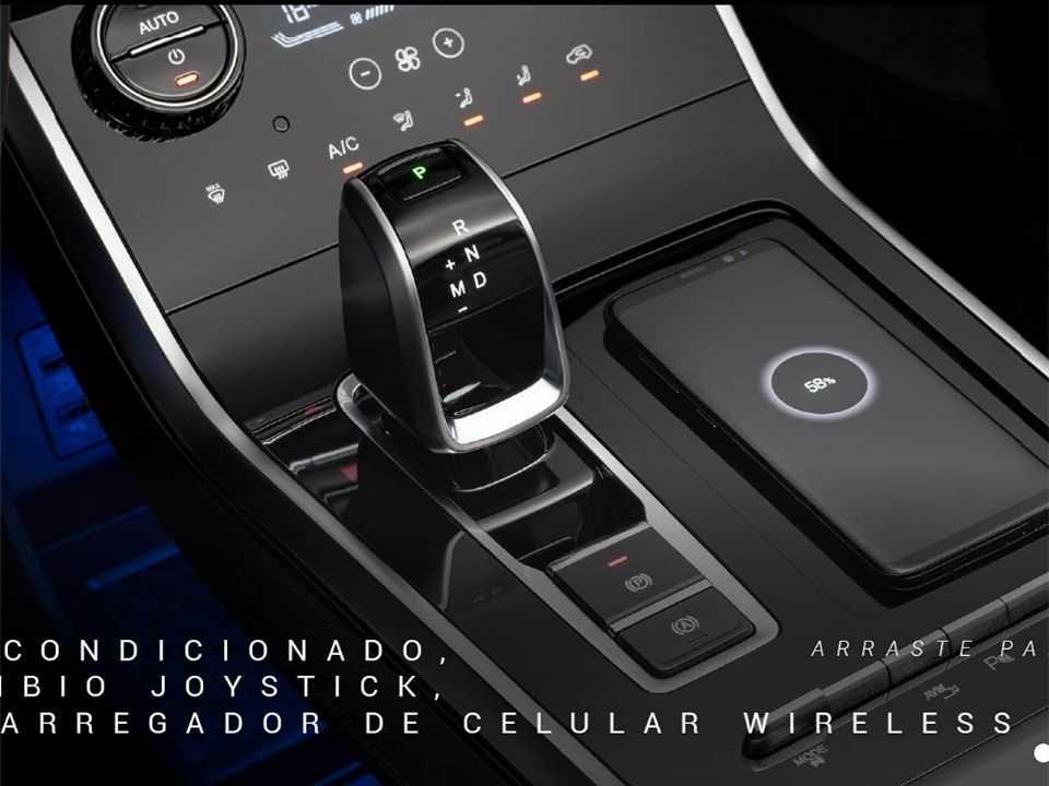 Câmbio no formato joystick e ar-condicionado com tela sensível ao toque: refinamentos na cabine do Tiggo 8