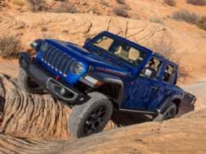 Em resposta ao Ford Bronco, Jeep pode lançar o Wrangler híbrido ainda neste ano