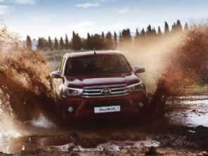 Inédita Toyota Hilux híbrida será lançada em 2021