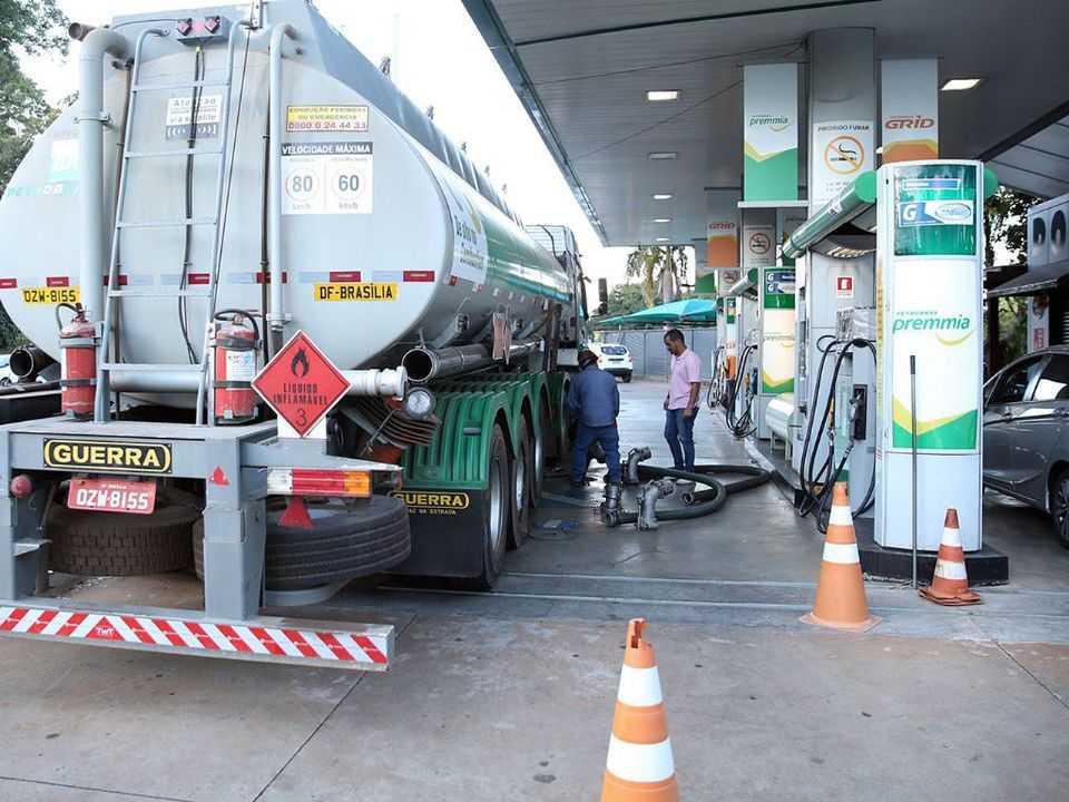 Petrobras está adiantada no cronograma e suas refinarias já produzem a gasolina RON 93