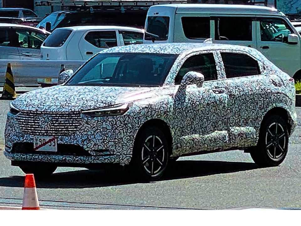 Novo Honda HR-V flagrado no Japão