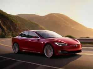Novo Tesla Model S abre mão até do volante