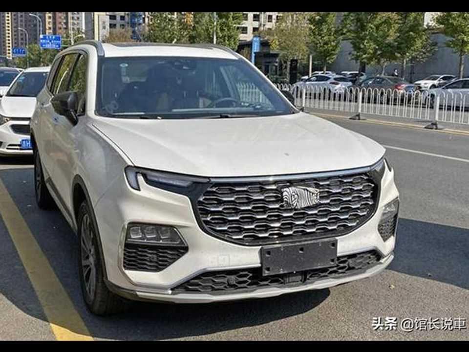 Novos flagras do chinês Ford Equator
