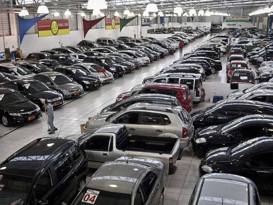 Lojistas de automóveis preocupados com aumento do ICMS em São Paulo