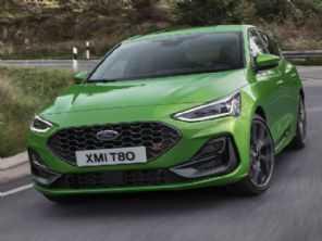 Ford Focus ganha novo visual e motor eletrificado na Europa