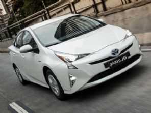 Vale a pena trocar um Hyundai Creta 2017 por um Toyota Prius seminovo?
