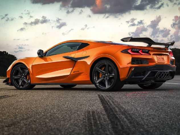 Corvette Z06 2023 estreia com o motor aspirado mais potente do mundo!