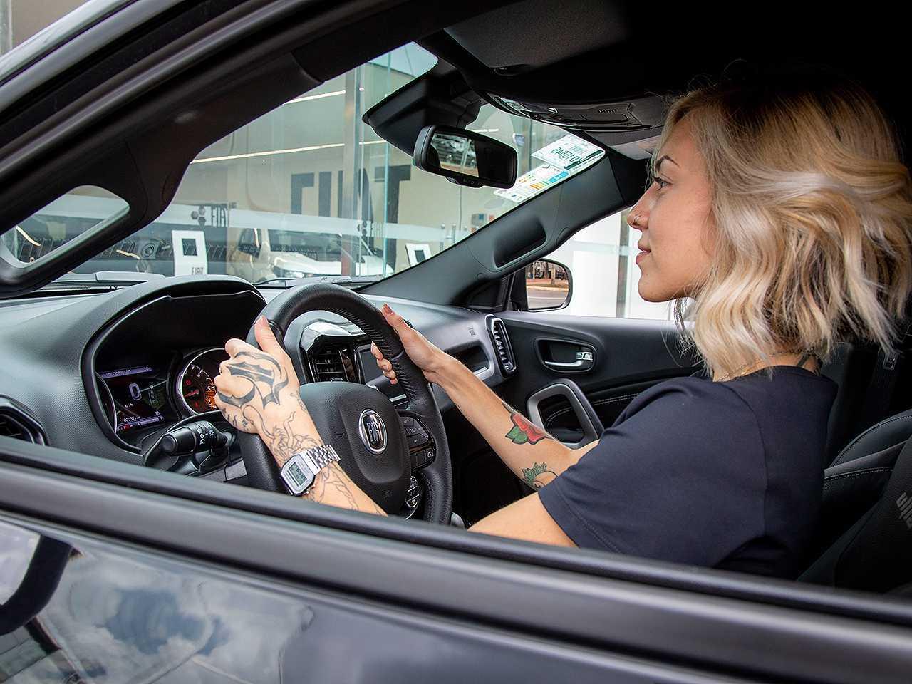 Carro 0 km: negociação será mais favorável com a produção regularizada