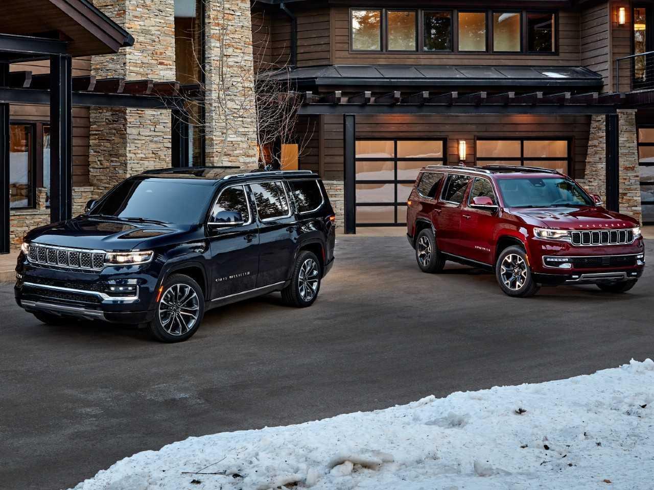 Jeep Grand Wagoneer 2022 (esq.) e Wagoneer 2022 (dir.)