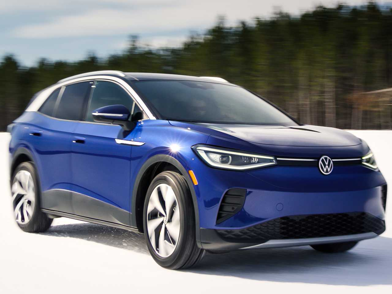 Acima o VW ID.4, elétrico que começou a ser vendido neste mês nos EUA