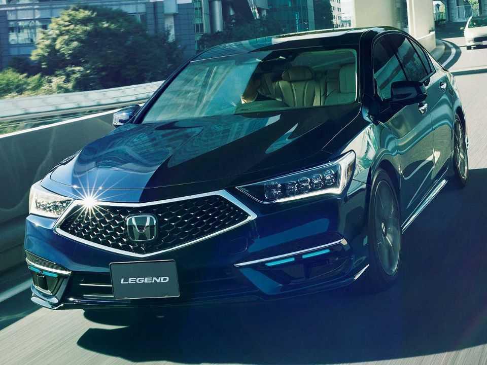 Acima o Honda Legend EX vendido no Japão: modelo estreia o pacote Sensing Elite