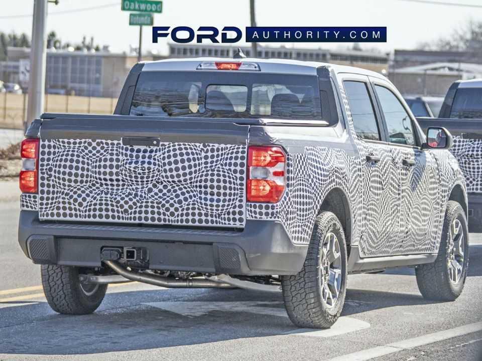Estilo remete ao Bronco Sport, SUV com o qual compartilha a plataforma; ambos serão produzidos no México