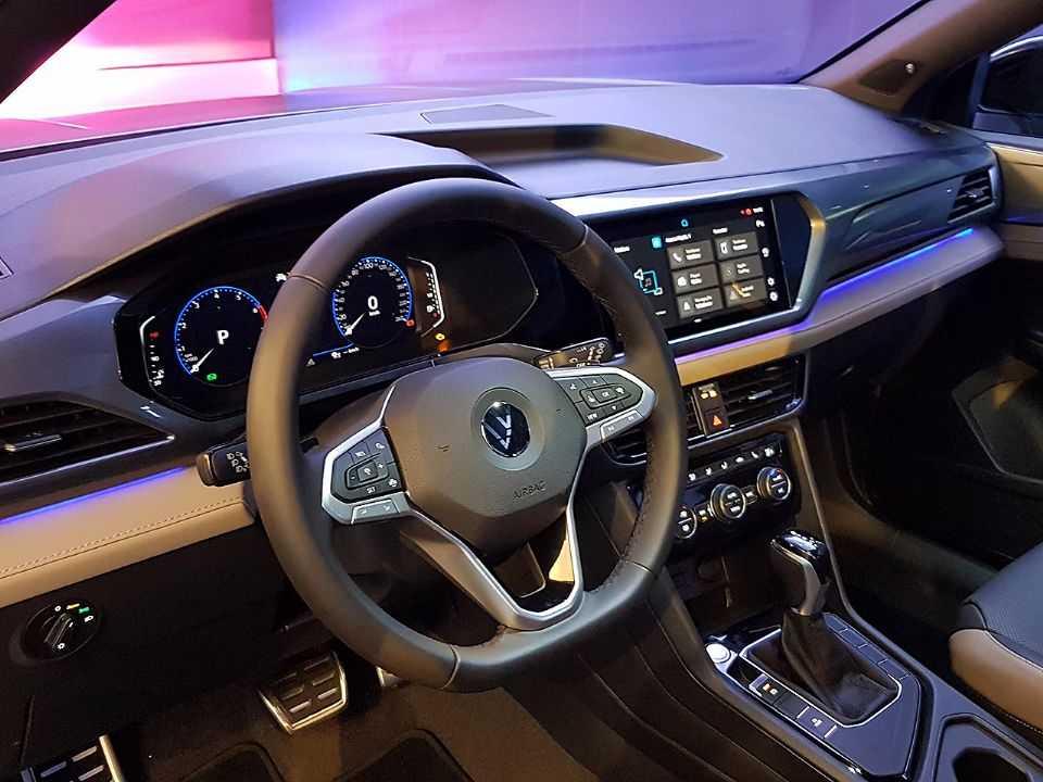VolkswagenTaos 2022 - painel
