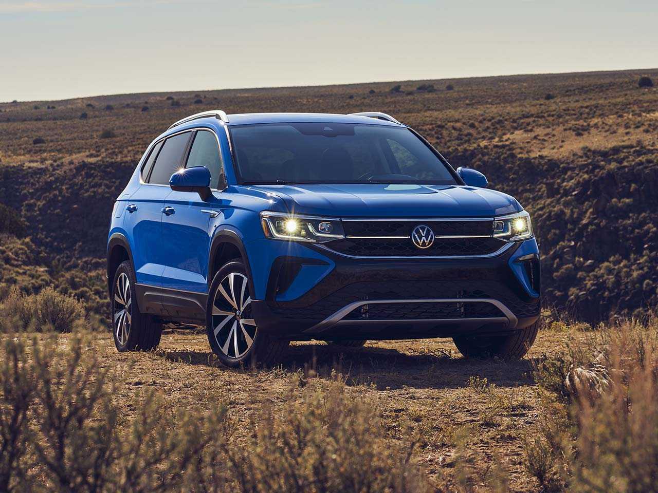 Acima o Volkswagen Taos comercializado nos EUA