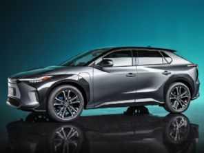 SUV bZ4X é o primeiro veículo 100% elétrico da Toyota