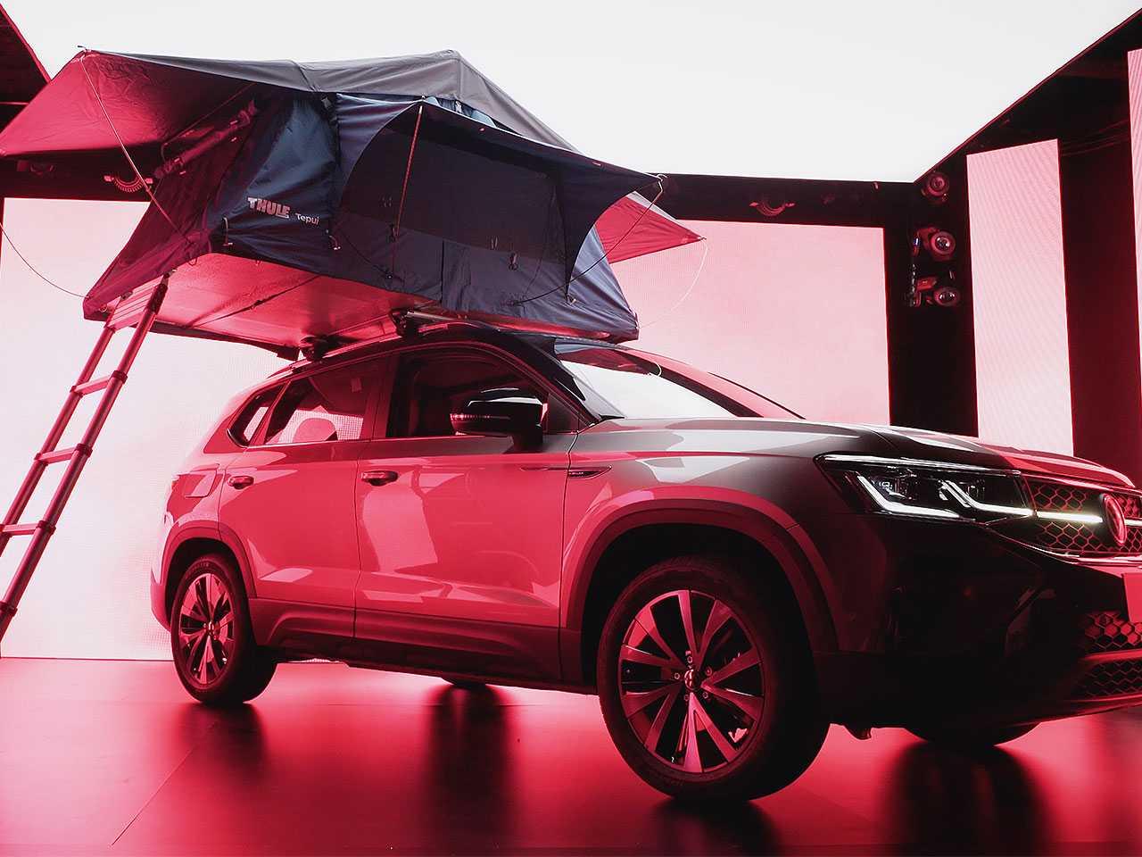VW Taos terá até barraca para camping entre os acessórios