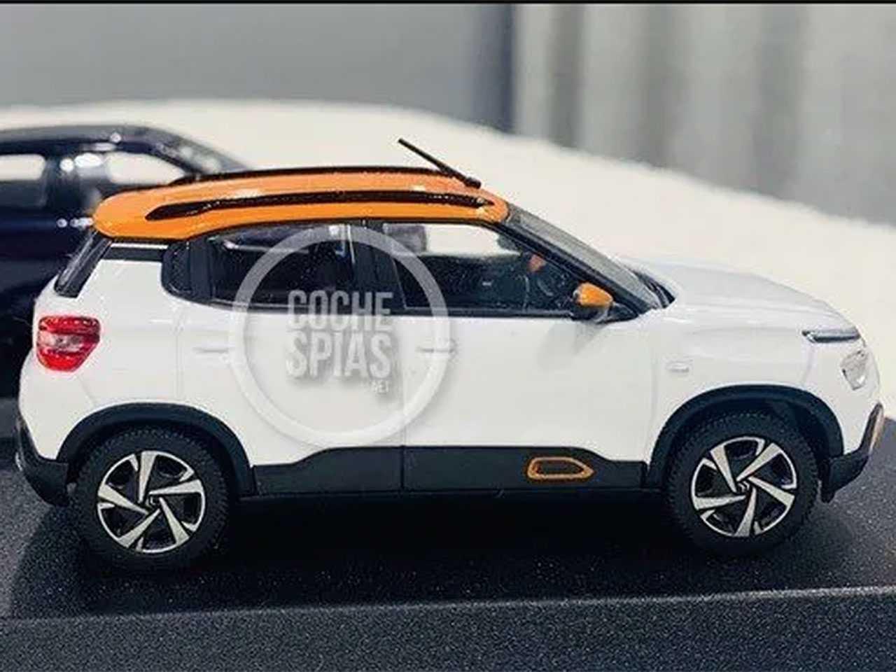 Miniatura antecipando o novo Citroën C3 nacional