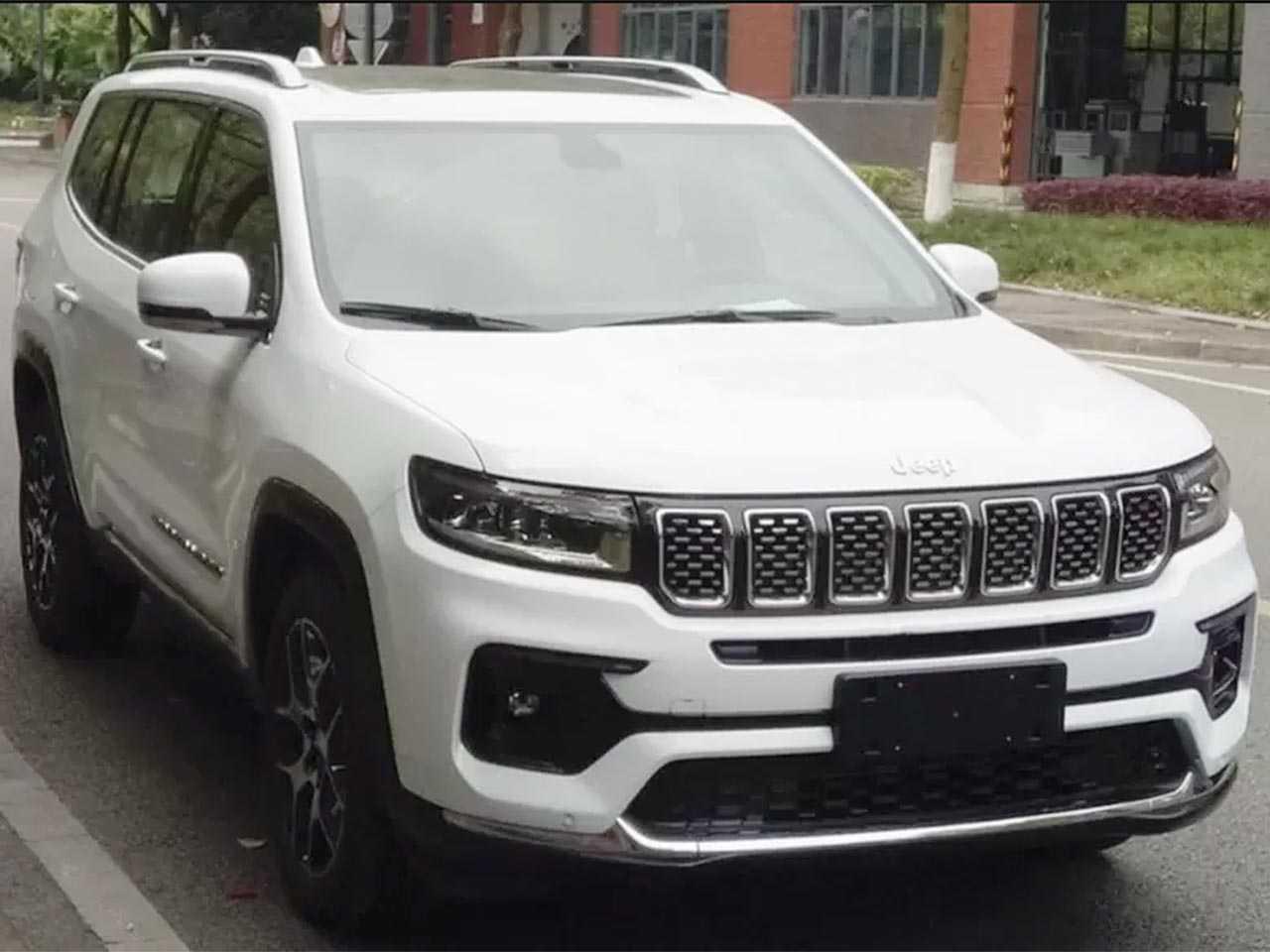Imagem vazada do novo Jeep Grand Commander chinês: inspiração para o Projeto 598 no Brasil?