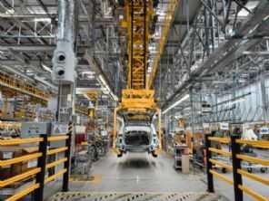 Range Rover Evoque voltará a ser produzido no Brasil