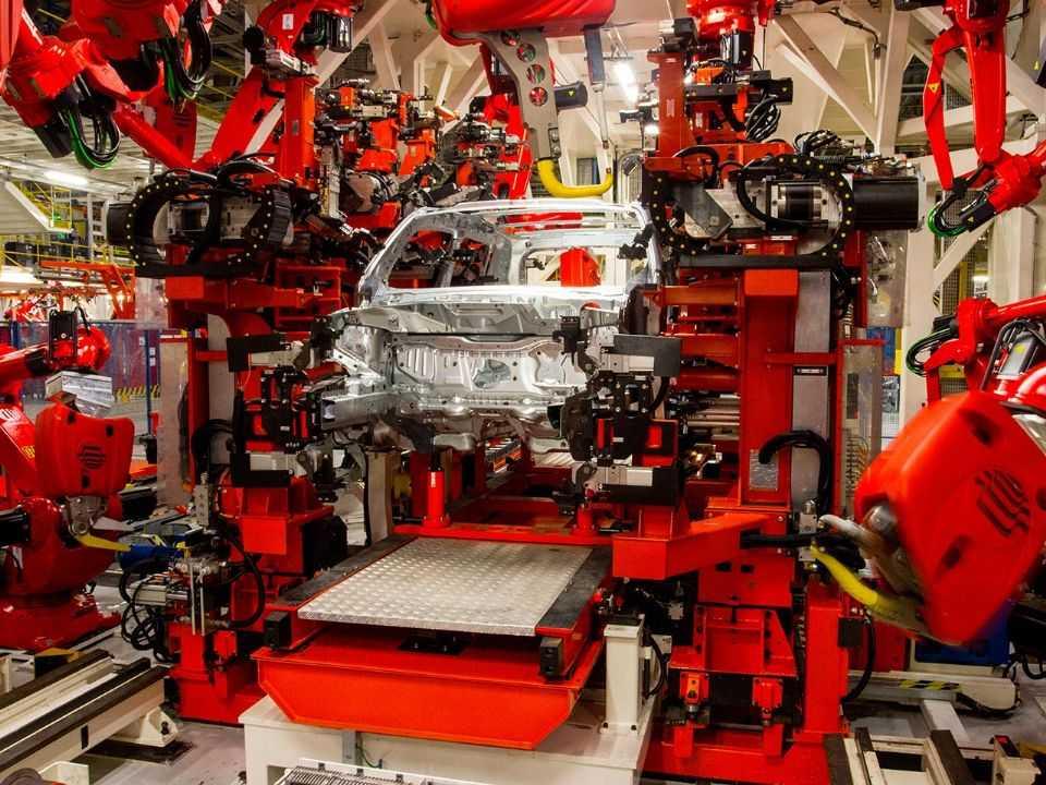 Linha de produção da Jeep em Goiana (PE)
