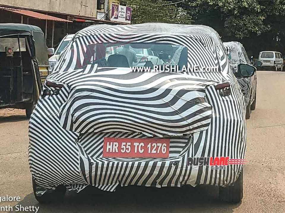 Flagra do projeto CC21 da Citroën em testes na Índia