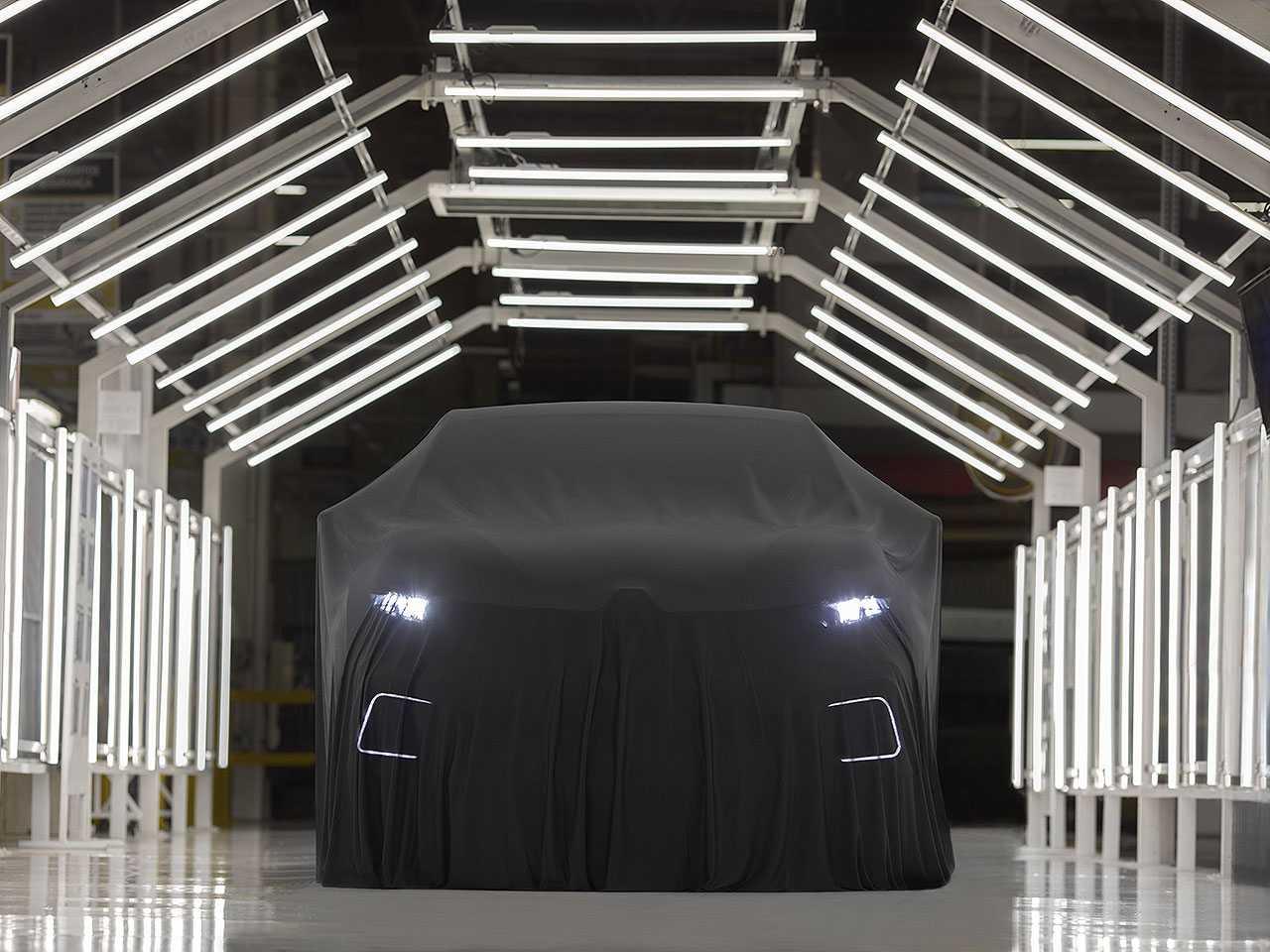 Primeira imagem oficial do Renault Captur produzido no Brasil com motor 1.3 turbo