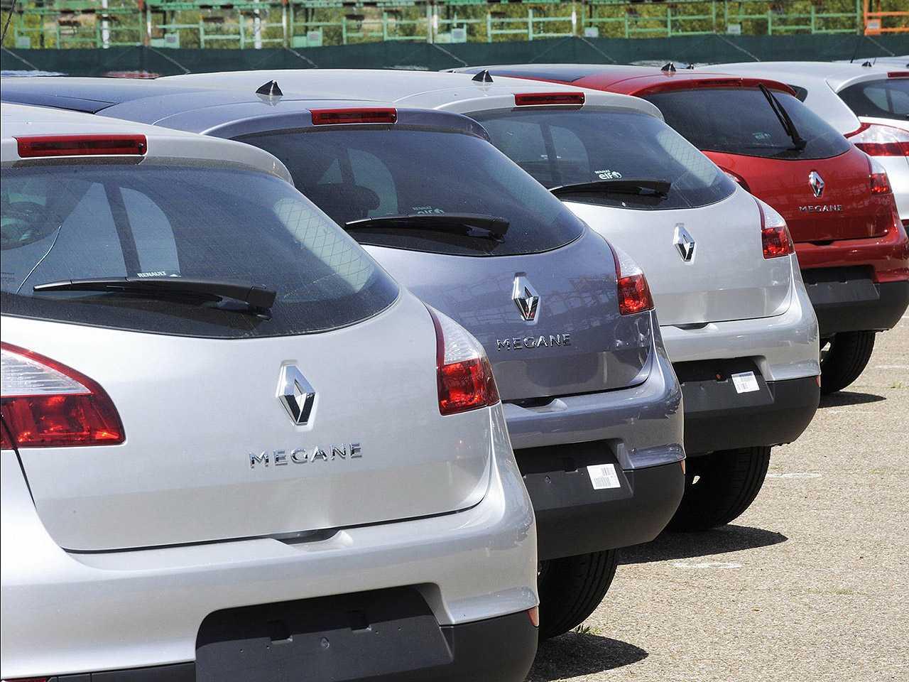 Acima o Renault Mégane 2009: modelo que pode figurar nas investigações das autoridades francesas