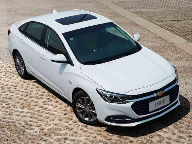 Chevrolet Monza chinês fica mais perto do Brasil e região