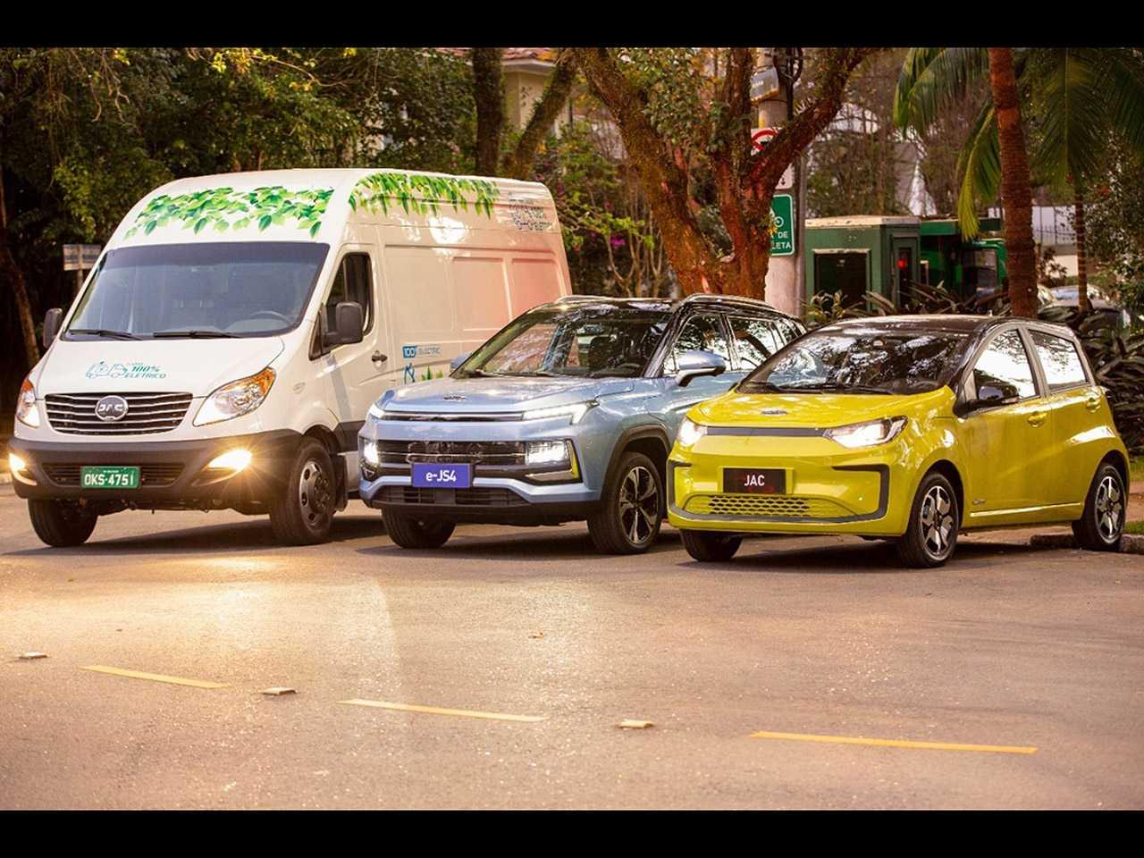 Novos elétricos da JAC no Brasil: van iEV 750V, o SUV médio E-JS4 e o compacto E-JS1