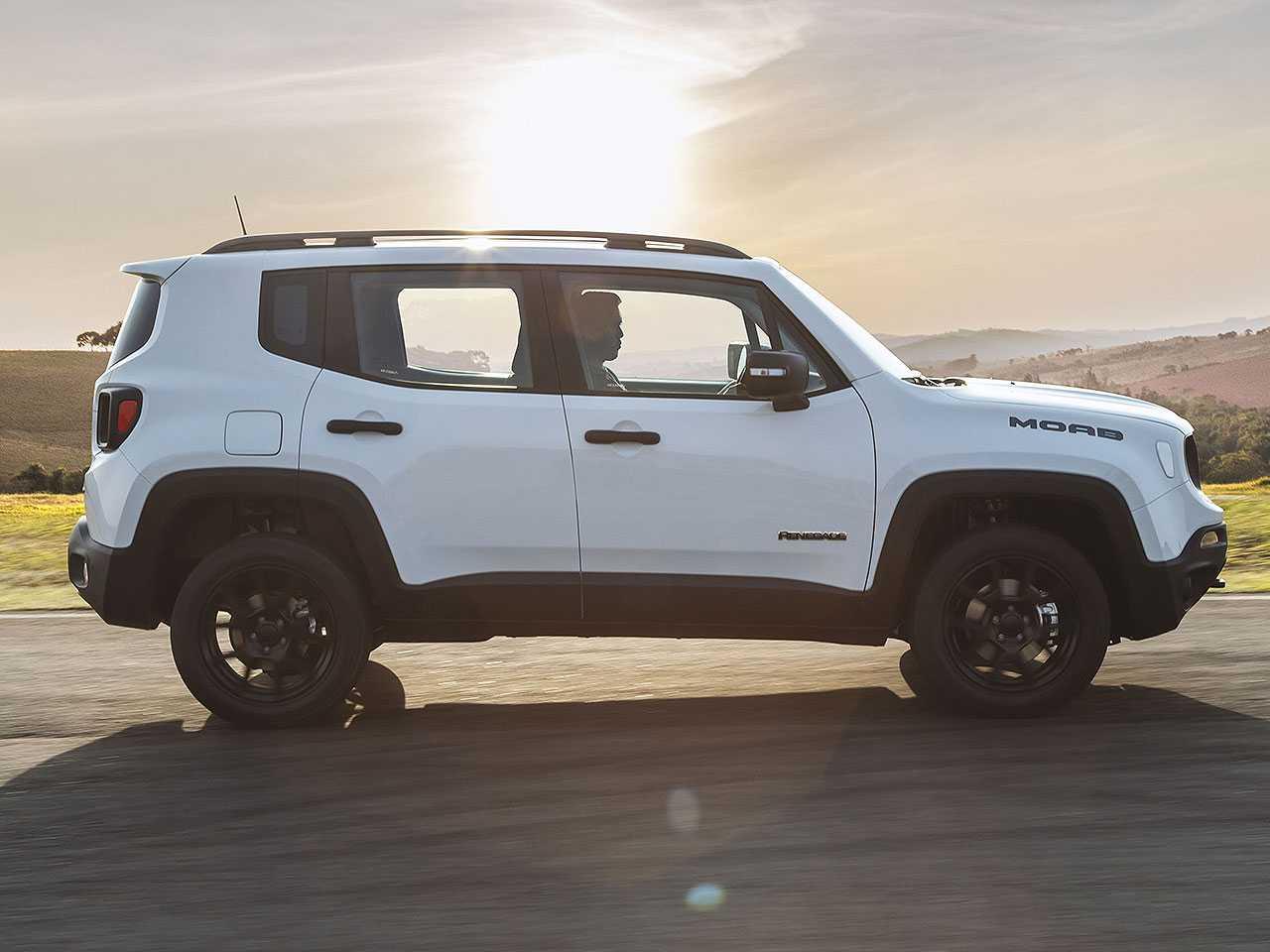 Futuro SUV pequeno da Jeep deverá manter o estilo robusto do Renegade