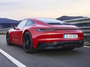 Com recorde de vendas, Porsche já vende mais do que JAC no Brasil