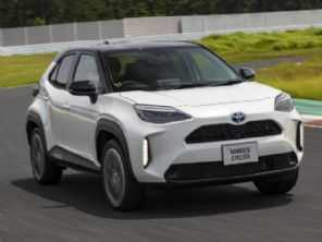 Presidente da Toyota confirma compacto híbrido flex no Brasil