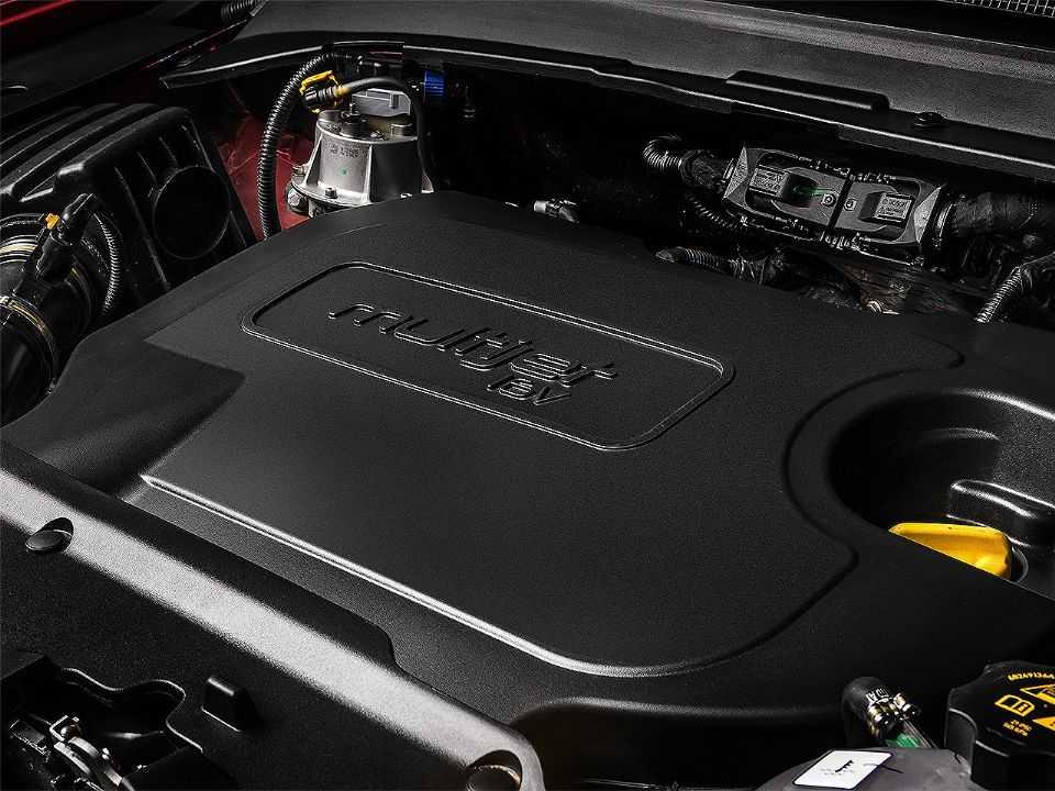 Acima o motor 2.0 Multijet turbo diesel presente nas gamas Compass e Renegade