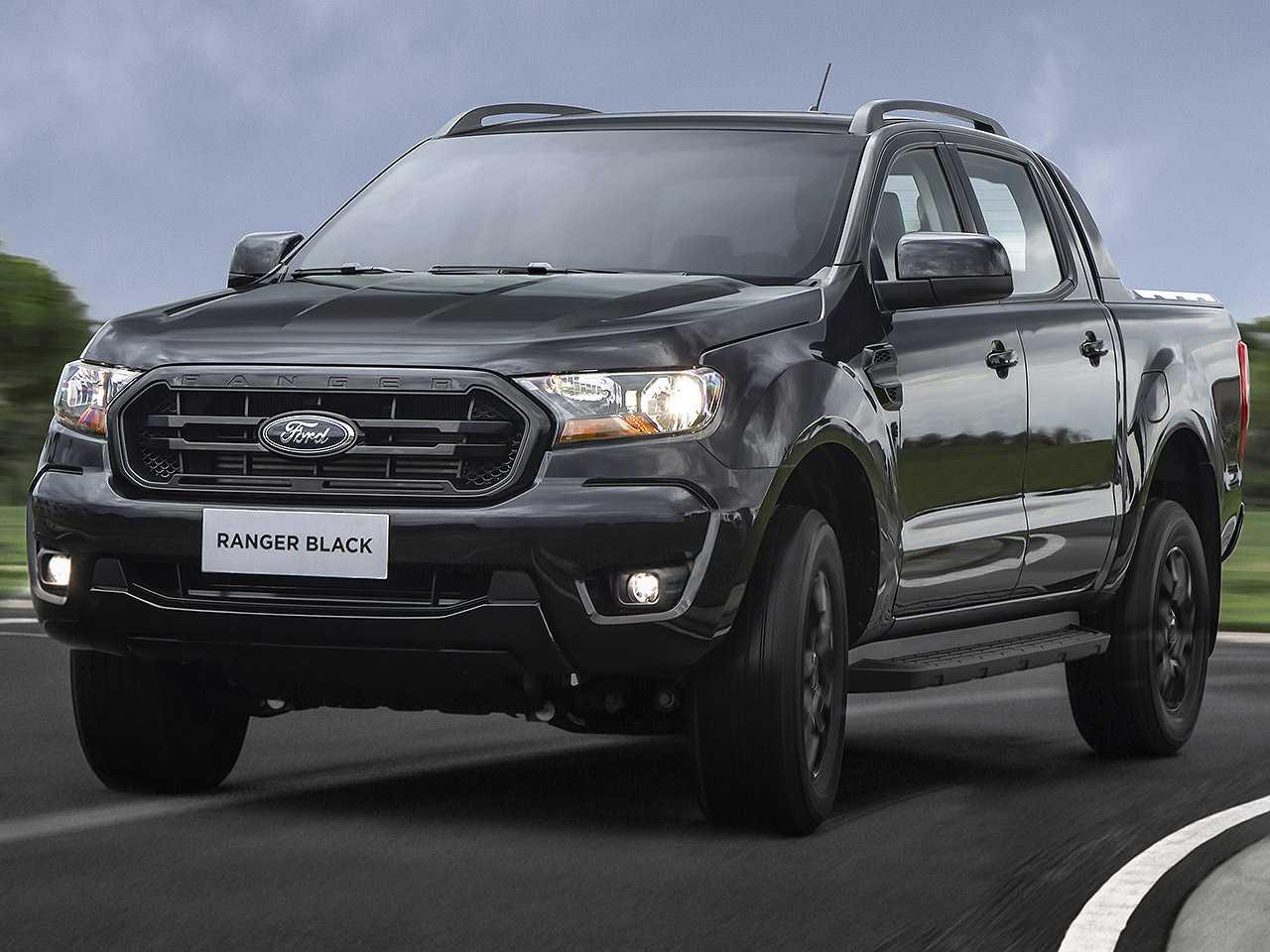 Acima detalhe da Ford Ranger na recente versão Black