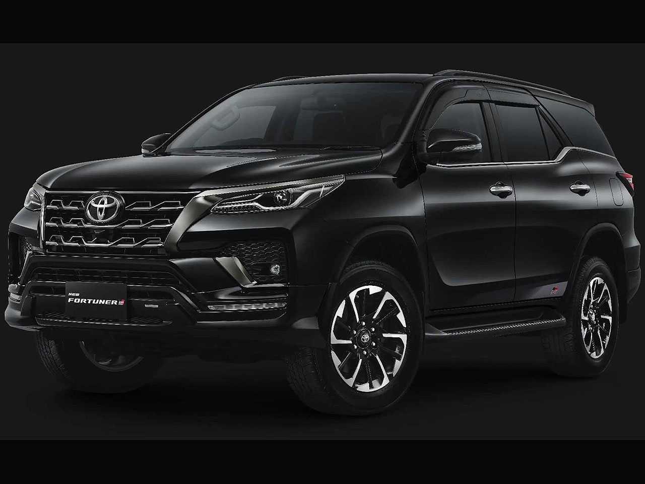 Acima o Toyota Fortuner GR Sport revelado na Indonésia