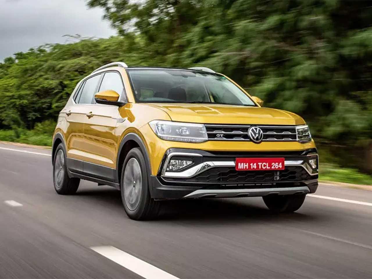 Acima o VW Taigun vendido na Índia