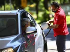 ''Rodo muito, devo converter meu carro para GNV ou comprar um veículo a diesel?''