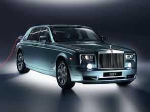 Quer um carro confiável? Rolls-Royce simula 400 anos de uso do veículo!